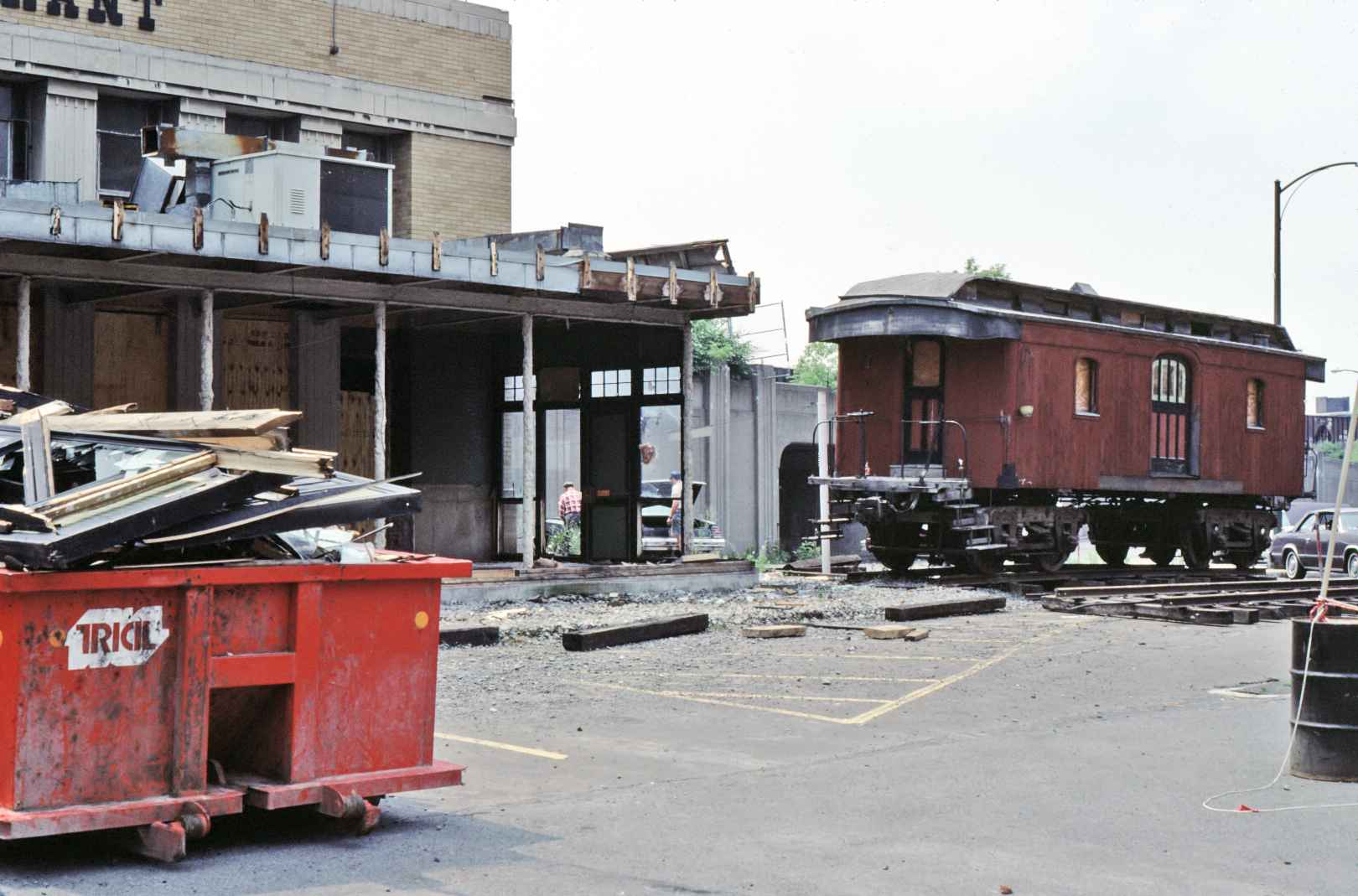 Baggage car removed from former Depot Restaurant in Syracuse